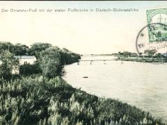 der Omarur-Fluss erste Flussbücke