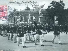 Aufziehen der Schlosswache Berlin