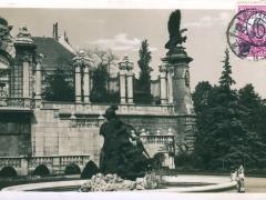 Budapest Burggarten mit Haupteingang