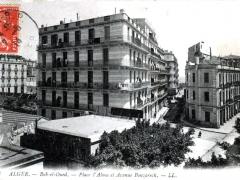 Alger Bab el Oued Place l'Alma et Avenue Bouzarech