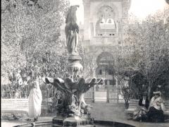 Biskra Jardin public et l'Hotel de Ville