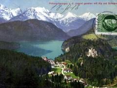 Hohenschwangau v d Jugend gesehen mit Alp und Schwansee