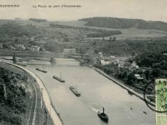 Anseremme La Meuse au pont d'Anseremme