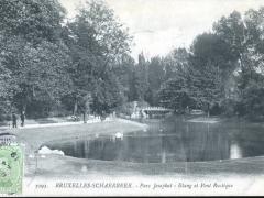 Bruxelles Schaerbeek Parc Josaphat Etang et Pont Rustique