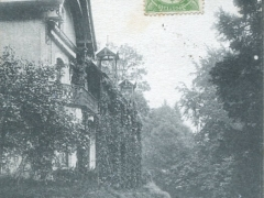 Chateau des Amerois Le Pavillon des Offidiers