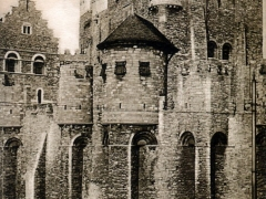 Gand Chateau des Comtes vu du Pont de la Decapitation