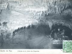 Grotte de Han L'Entree de la Salle des Draperies