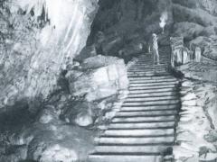 Grotte de Han L'Entree de la Salle du Dome
