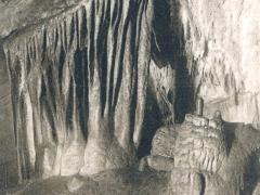 Grotte de Han Le Tonneau des Danatdes