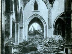 Loo L'Eglise apres le  bombardement