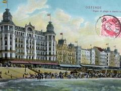 Ostende Digue et plage a maree haute