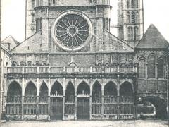 Tournai Le Portail de la Cathedrale