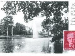 Bad Homburg v d Höhe Weiher mit Springbrunnen