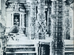 Interior of Dilwara Temple showing the Deity and the big Drum