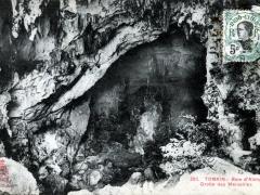 Baie d'Along Grotte des Merveilles