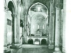 Arezzo Chiesa di S Maria della Pieve L'Interno