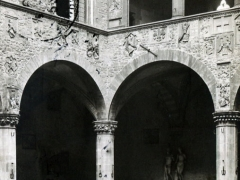 Firenze Bargello Cortile Cisterna