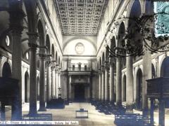 Firenze Chiesa di S Lorenzo interno Veduta dal fondo