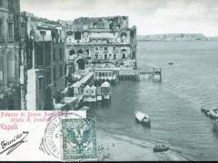 Napoli Il Palazzo di Donna Anna sulla strada di Posilipo