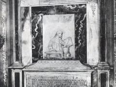 Ravenna Interno del Sepolcro di Dante col sua ritratto