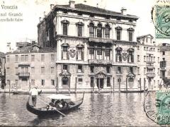 Venezia Canal Grande Palazzo Balbi Valier