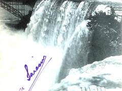 Niagara falls Les Chutes Niagara
