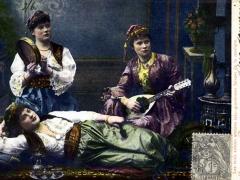 Constantinople Les trois soeurs artistes tres gracieuses faisant de la musique