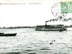 Amsterdam He IJ met Zaandammer boot
