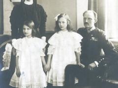 Prins Carl med family