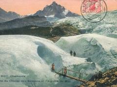 Chamonix Grotte du Clacier des Bossons et l'Alguille du Midi