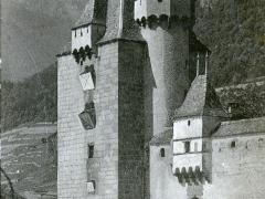 Chateau d'Aigle La Tour Carree