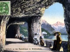 Gallerie an der Axenstrasse mit Bristenstock