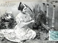 En la huerta de Valencia Cuidant les plantes