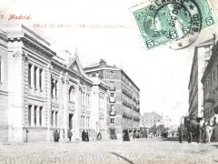 Madrid Calle de Bailen y Escuelas Municipales