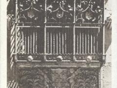 Salamanca Casa de la Conchas Una reja
