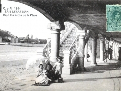 San Sebastian Bajo los arcos de la Playa