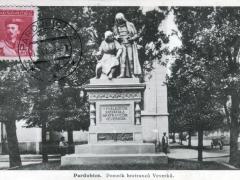 Pardubice Pomnik bratrancu Veverku