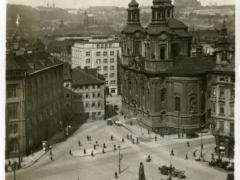 Prag Altstädter Ringplatz mit Husdenkmal