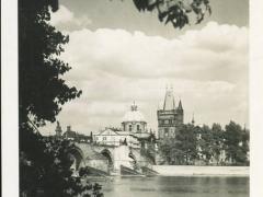 Prag Altstädterbrückenturm mit der Kreuzherrnkirche