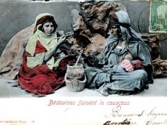 Bedouines faisant le couscous