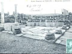 Timgad Ruines Romaines Maison aux Jardinieres