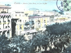 Tunis Avenue Jules Ferry un jour de fete